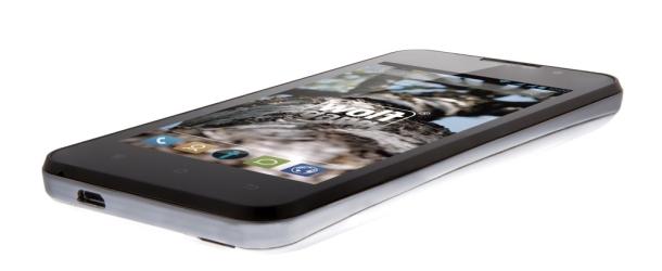Smartphone Wolfgang AT-AS40W: goede smartphone voor een lage prijs